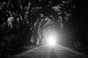 tunnel-2890114_1920