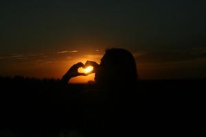 sunset-929178_1920