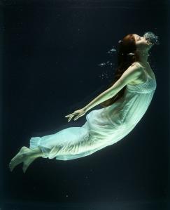 under-water-1819586_1920